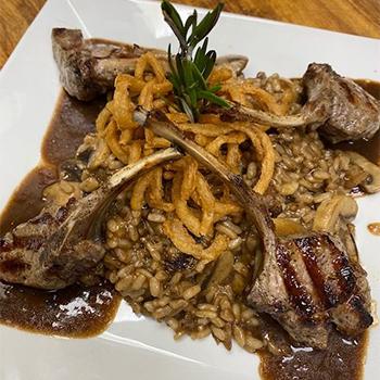 D'Coccos Restaurant dinner